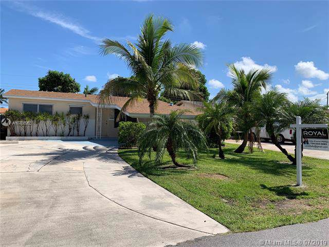 309 SW 7th Ct, Hallandale, FL 33009 (MLS #A10708953) :: The Teri Arbogast Team at Keller Williams Partners SW