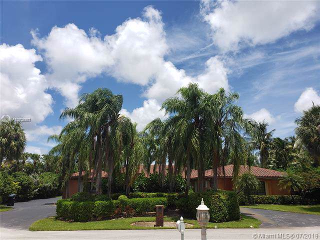 12201 SW 101st Ave, Miami, FL 33176 (MLS #A10708981) :: Laurie Finkelstein Reader Team