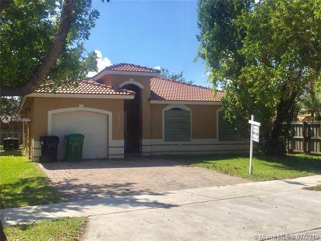 28264 SW 133rd Ave, Homestead, FL 33033 (MLS #A10708984) :: Berkshire Hathaway HomeServices EWM Realty