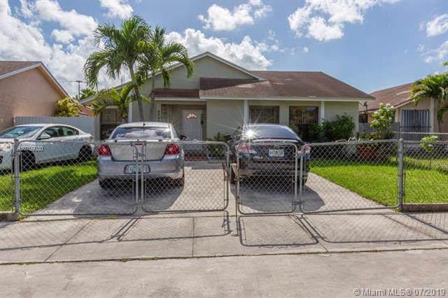 30204 SW 161st Ave, Homestead, FL 33033 (MLS #A10709030) :: Berkshire Hathaway HomeServices EWM Realty
