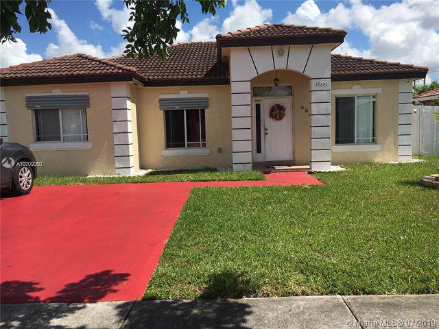 13221 SW 251st Ln, Homestead, FL 33032 (MLS #A10709050) :: Grove Properties