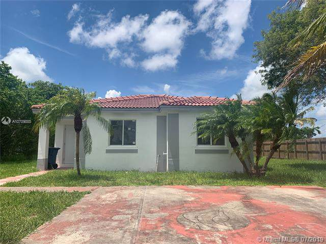 10581 SW 180 ST, Miami, FL 33157 (MLS #A10709085) :: Grove Properties