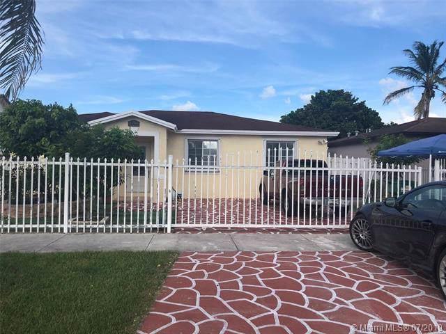 28881 SW 150th Pl, Homestead, FL 33033 (MLS #A10709132) :: Berkshire Hathaway HomeServices EWM Realty