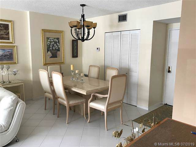 4350 Hillcrest Dr #214, Hollywood, FL 33021 (MLS #A10709171) :: Grove Properties