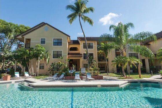 4341 W Mcnab Rd #18, Pompano Beach, FL 33069 (MLS #A10709199) :: THE BANNON GROUP at RE/MAX CONSULTANTS REALTY I