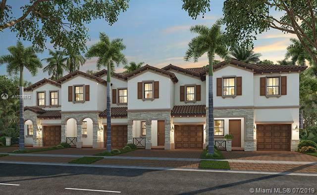 11298 SW 254 Terr, Miami, FL 33032 (MLS #A10709312) :: Berkshire Hathaway HomeServices EWM Realty