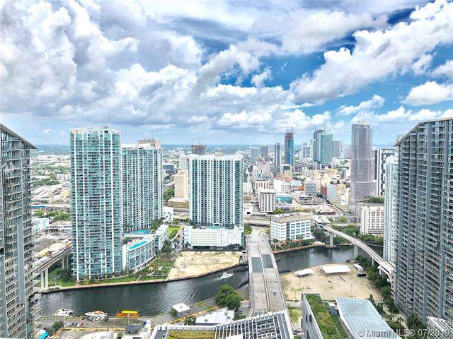 45 SW 9th St Ph 4609, Miami, FL 33130 (MLS #A10709536) :: Ray De Leon with One Sotheby's International Realty