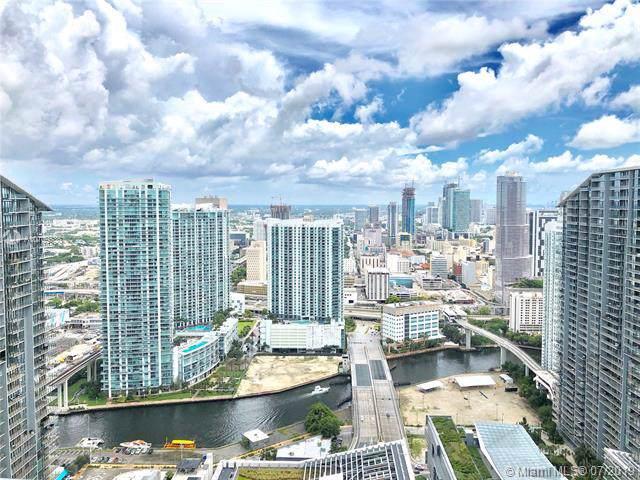 45 SW 9th St Ph 4609, Miami, FL 33130 (MLS #A10709536) :: Grove Properties