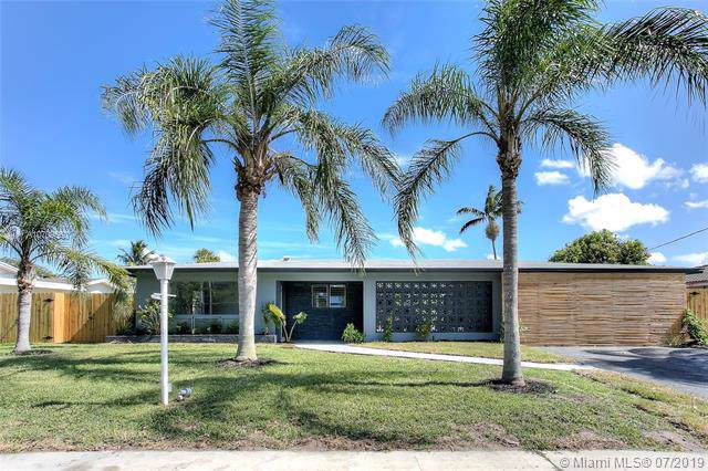 4260 NW 12th St, Coconut Creek, FL 33066 (MLS #A10709560) :: The Teri Arbogast Team at Keller Williams Partners SW