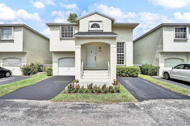 12052 NW 13th St, Pembroke Pines, FL 33026 (MLS #A10709689) :: The Rose Harris Group