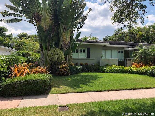 5510 San Vicente St, Coral Gables, FL 33146 (MLS #A10709761) :: Prestige Realty Group