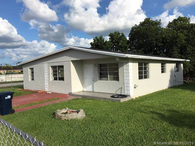 11500 SW 182nd Ter, Miami, FL 33157 (MLS #A10709986) :: Grove Properties