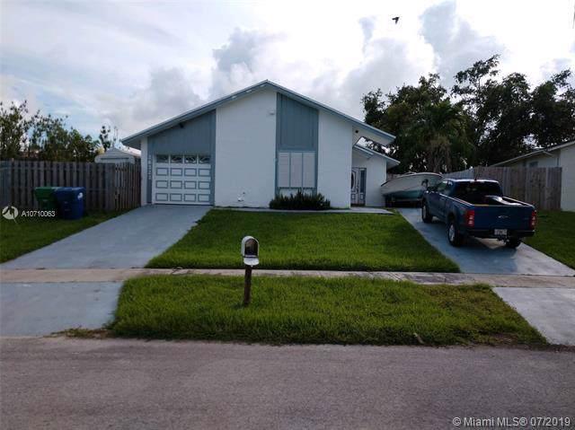 26222 SW 122 Pl, Naranja, FL 33032 (MLS #A10710063) :: Grove Properties