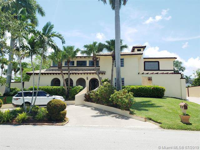 17740 SW 83rd Ave, Palmetto Bay, FL 33157 (MLS #A10710071) :: The Riley Smith Group
