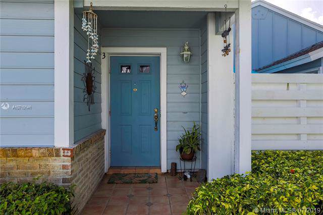 13741 SW 149th Cir Ln 3-42, Miami, FL 33186 (MLS #A10710141) :: Grove Properties