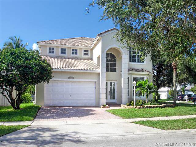 14372 NW 14th Ct, Pembroke Pines, FL 33028 (MLS #A10710175) :: Castelli Real Estate Services