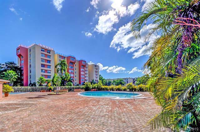 9001 SW 77th Ave C607, Miami, FL 33156 (MLS #A10710231) :: Castelli Real Estate Services