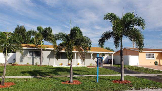 1203 SW 1st Ter, Deerfield Beach, FL 33441 (MLS #A10710234) :: The Adrian Foley Group