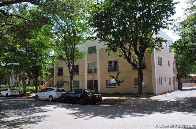 1110 Salzedo 2F, Coral Gables, FL 33134 (MLS #A10710275) :: The Riley Smith Group