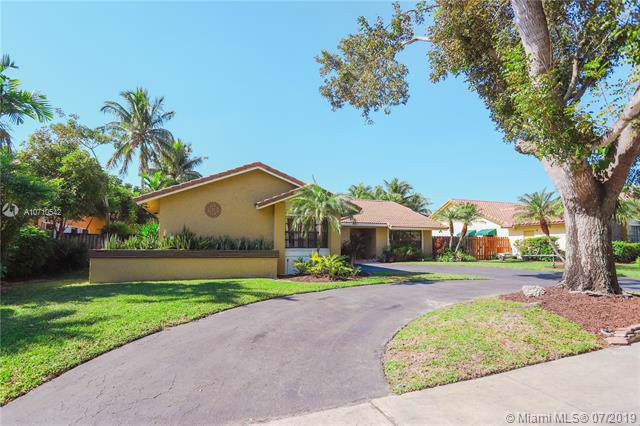 1481 NW 99th Ave, Plantation, FL 33322 (MLS #A10710542) :: The Teri Arbogast Team at Keller Williams Partners SW