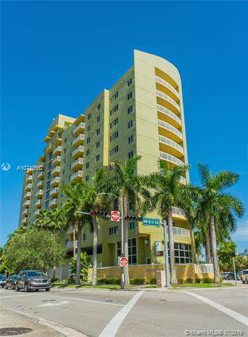 816 NW 11th St #507, Miami, FL 33136 (MLS #A10710552) :: Laurie Finkelstein Reader Team