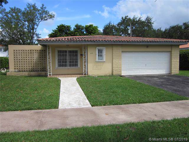 810 Benevento Ave, Coral Gables, FL 33146 (MLS #A10710698) :: Laurie Finkelstein Reader Team