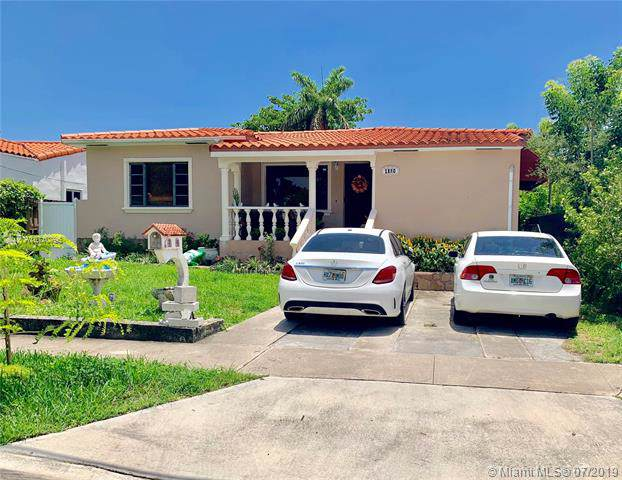 1880 SW 24th St, Miami, FL 33145 (MLS #A10710796) :: The Teri Arbogast Team at Keller Williams Partners SW