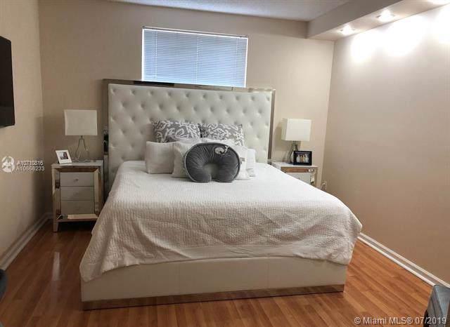 17150 N Bay Rd #2620, Sunny Isles Beach, FL 33160 (MLS #A10710816) :: Grove Properties