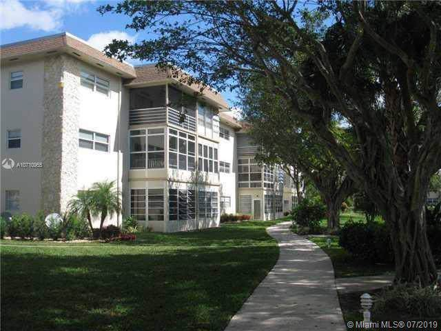 5102 NW 36th St #406, Lauderdale Lakes, FL 33319 (MLS #A10710955) :: Laurie Finkelstein Reader Team