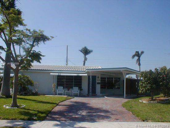 916 SE 16th Pl, Deerfield Beach, FL 33441 (MLS #A10711009) :: The Paiz Group