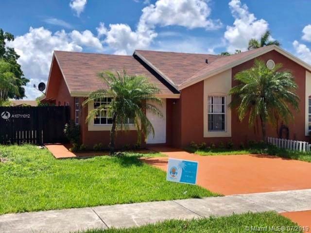 9720 SW 146th Pl, Miami, FL 33186 (MLS #A10711012) :: The Brickell Scoop