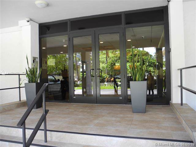 550 Ocean Dr. 3B, Key Biscayne, FL 33149 (MLS #A10711073) :: GK Realty Group LLC