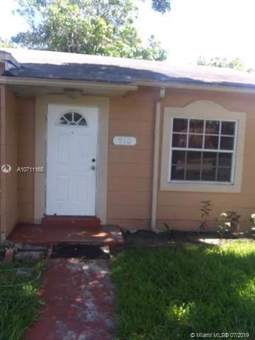 910 NW 121st St, North Miami, FL 33168 (MLS #A10711165) :: Castelli Real Estate Services