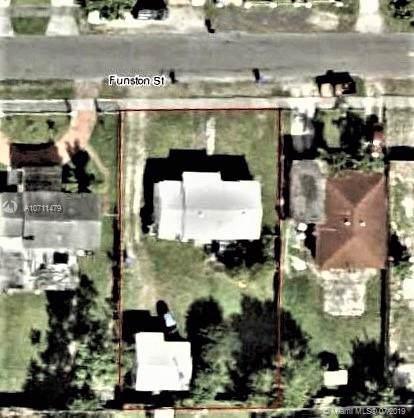 2464 Funston St, Hollywood, FL 33020 (MLS #A10711479) :: Castelli Real Estate Services