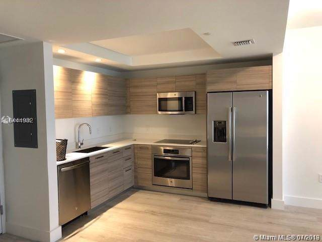 121 NE 34th St #2410, Miami, FL 33137 (MLS #A10711555) :: Grove Properties