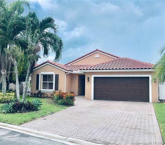 13530 SW 144th Ter, Miami, FL 33186 (MLS #A10711645) :: Grove Properties