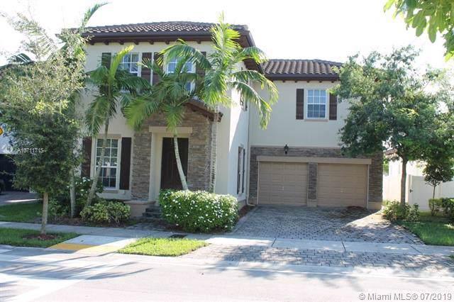 9037 SW 170th Pl, Miami, FL 33196 (MLS #A10711715) :: Grove Properties