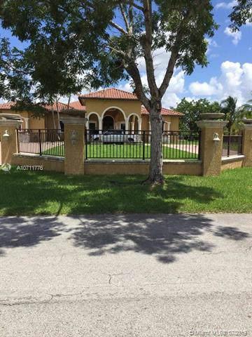Homestead, FL 33031 :: Laurie Finkelstein Reader Team