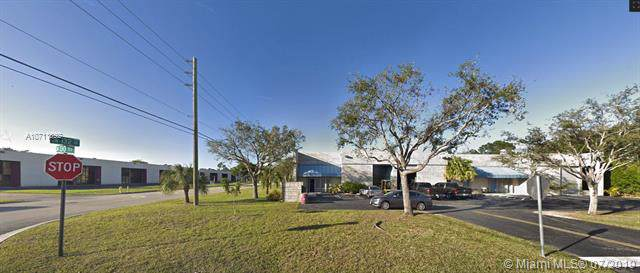 13055 SW 132nd Ave, Miami, FL 33186 (MLS #A10711892) :: The Riley Smith Group
