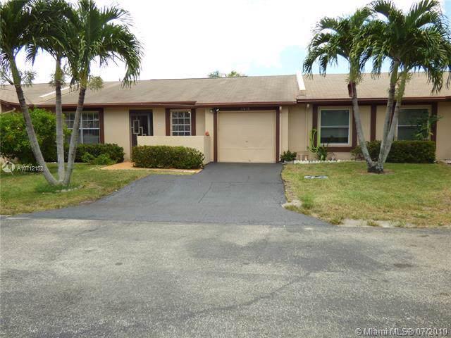 5419 Viburnum St, Delray Beach, FL 33484 (MLS #A10712152) :: The Paiz Group