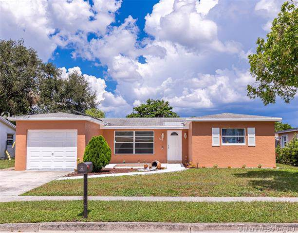 208 NW 80th Ter, Margate, FL 33063 (MLS #A10712581) :: The Paiz Group