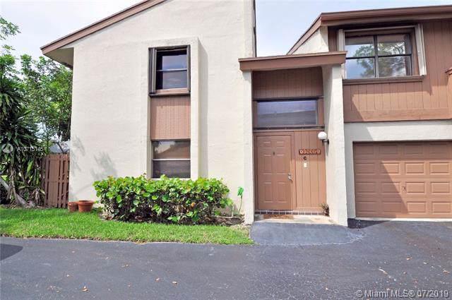 10937 SW 113th Pl 65C, Miami, FL 33176 (MLS #A10713145) :: Berkshire Hathaway HomeServices EWM Realty