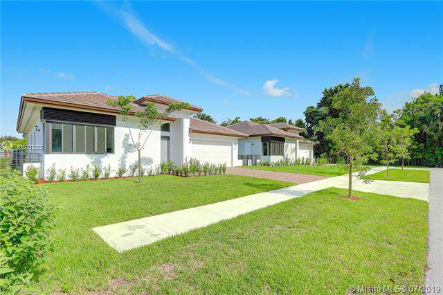1550 SW 89 Ct, Miami, FL 33174 (MLS #A10713302) :: Ray De Leon with One Sotheby's International Realty