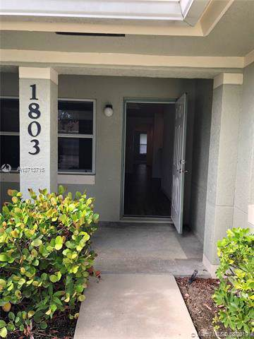 1803 E Sanderling Ln 20B, Fort Pierce, FL 34982 (MLS #A10713716) :: GK Realty Group LLC