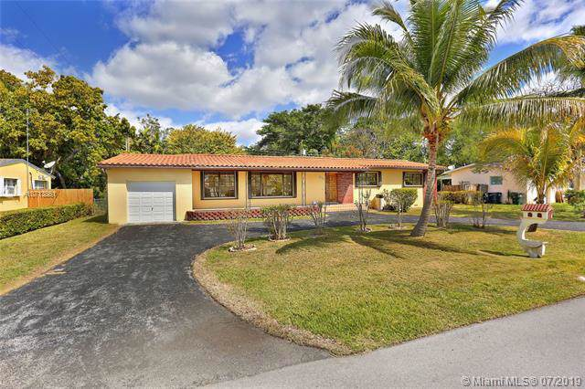 6231 SW 61st St, South Miami, FL 33143 (MLS #A10713861) :: The Riley Smith Group