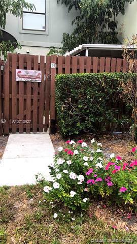 10 Crossings Circle Apt A, Boynton Beach, FL 33435 (MLS #A10713927) :: Ray De Leon with One Sotheby's International Realty
