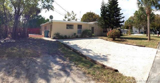 702 SE 3rd St, Boynton Beach, FL 33435 (MLS #A10714100) :: Ray De Leon with One Sotheby's International Realty