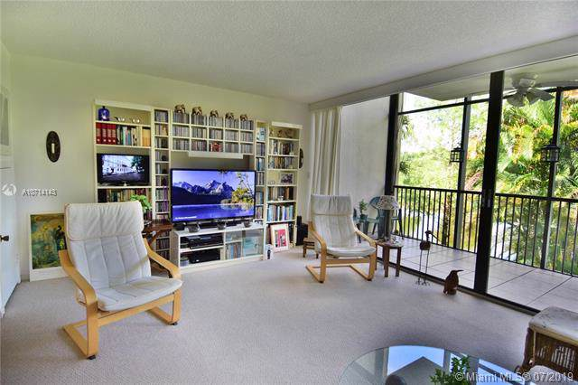 2821 SW 87th Ave #811, Davie, FL 33328 (MLS #A10714143) :: Grove Properties