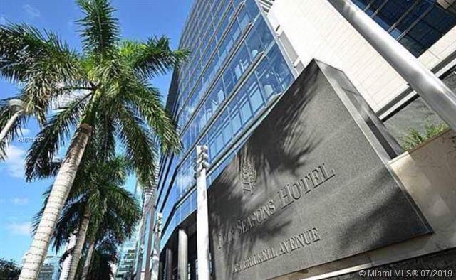 1435 Brickell Ave #3211, Miami, FL 33131 (MLS #A10714308) :: Grove Properties
