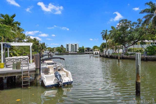 7621 NE 8th Ave, Miami, FL 33138 (MLS #A10714471) :: Berkshire Hathaway HomeServices EWM Realty